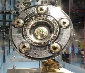 Meisterschale der 1. Bundesliga
