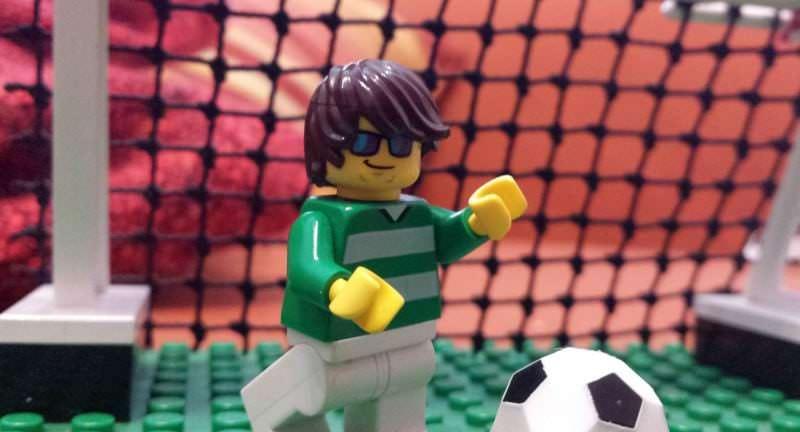 Fußballer mit Sportbrille