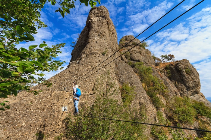 Klettersteig mit Brücke